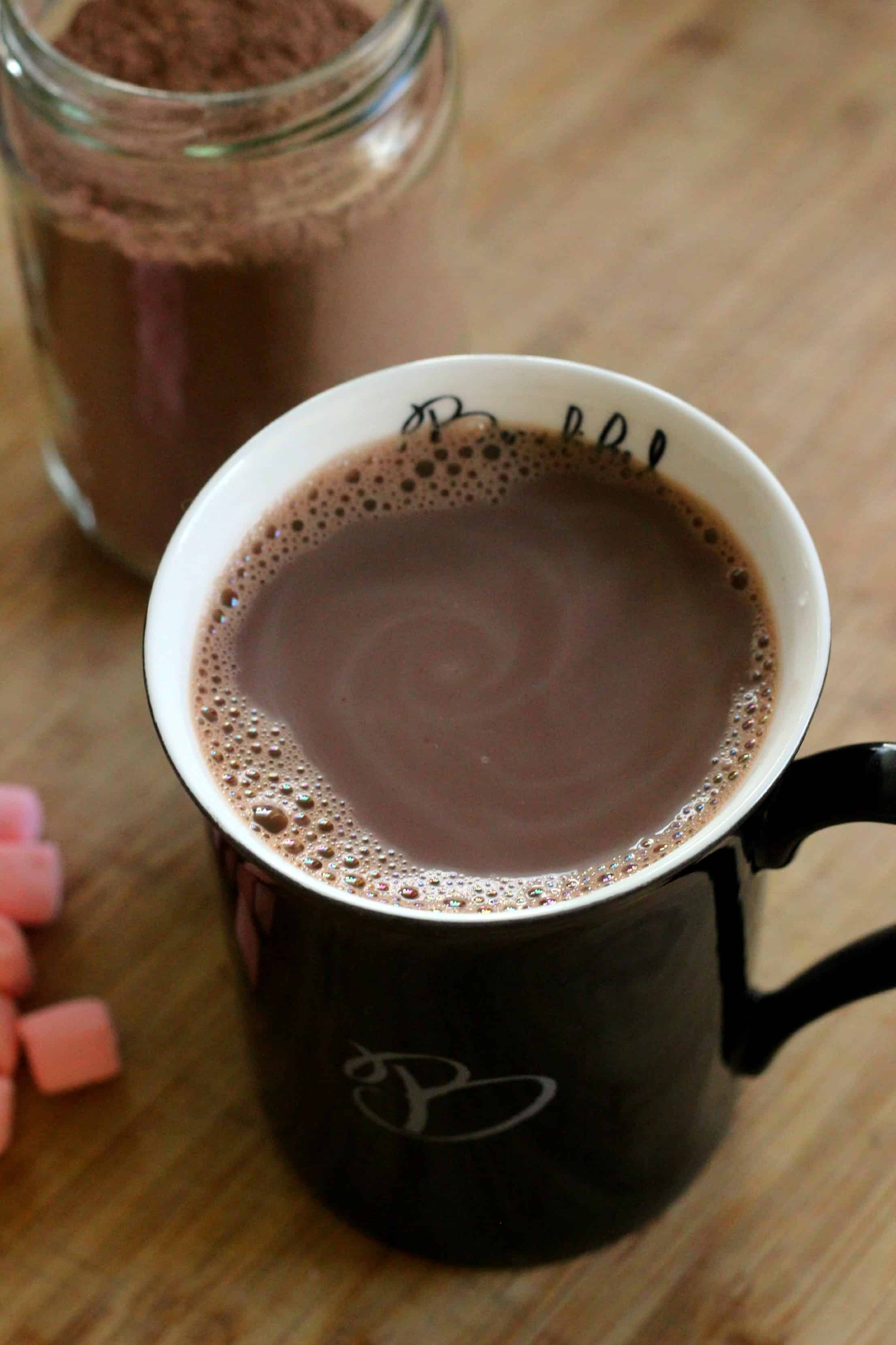how to make hot chocolate with milk and water