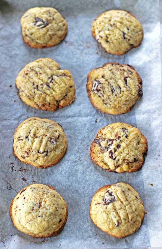Chocolate Chunk Cookies (7) (Large)