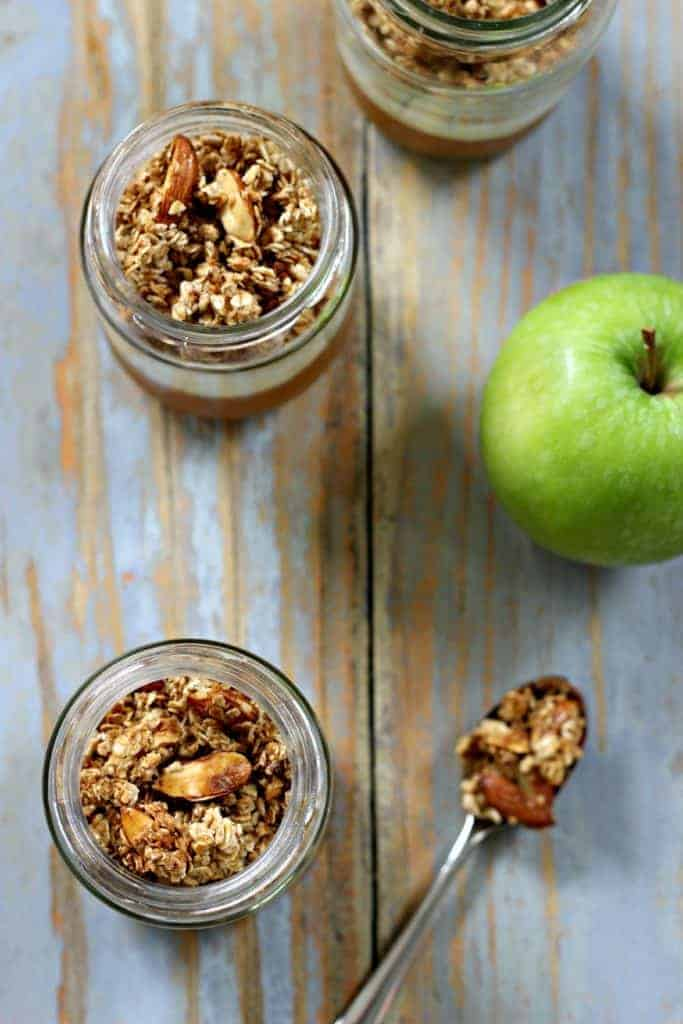 Layered Apple Crumble Jars (4)