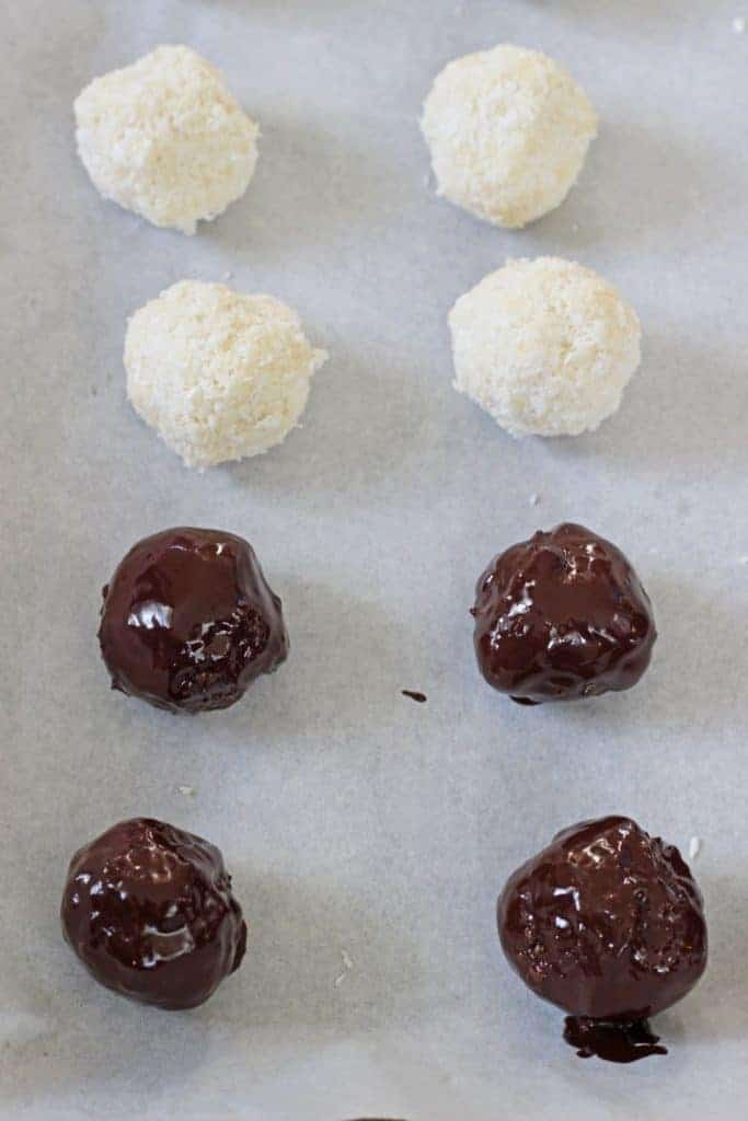 Naturally sweetened homemade Bounty Bar bites. Delicious coconut coated in chocolate - they taste just like a Bounty Bar but without the guilt! | thekiwicountrygirl.com