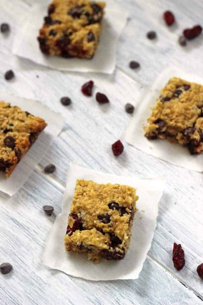 Healthy Cranberry & Chocolate Oat Bars - a snack bar that you don't need to feel guilty for enjoying!