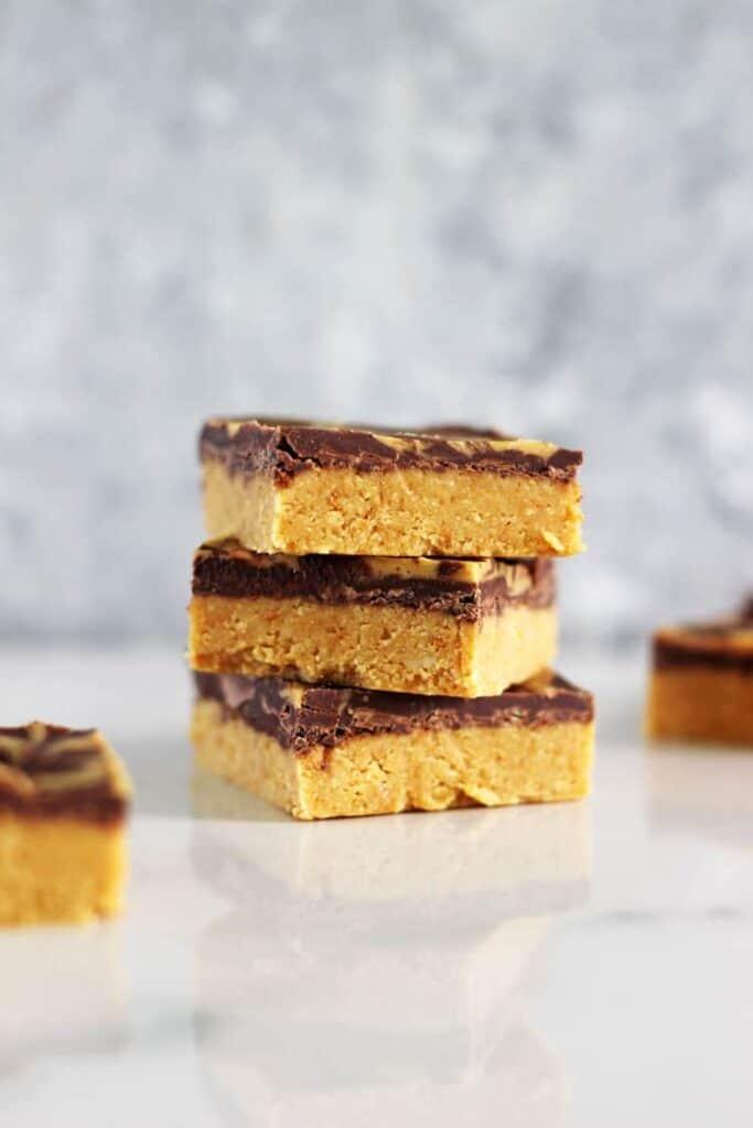 No Bake Chocolate Peanut Butter Slice