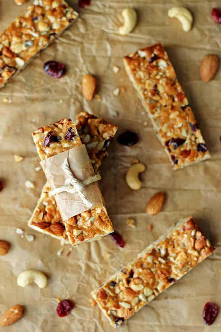 Crunchy, full of flavour and chock full of goodness these Cranberry Almond Snack Bars are the perfect healthy snack!   recipe at thekiwicountrygirl.com