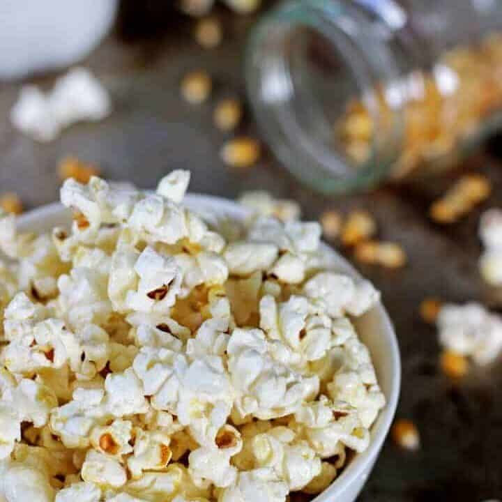 Sweet & salty Homemade Kettle Corn plus the secret to perfectly popped popcorn!   recipe at thekiwicountrygirl.com