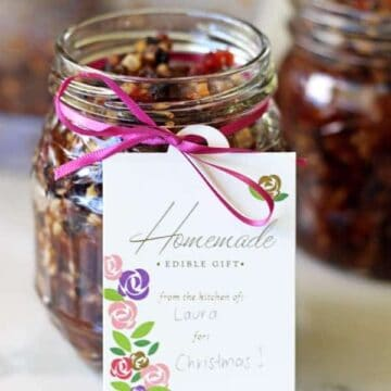 The perfect make ahead recipe for Christmas mince pies on the day. My Christmas Fruit Mince recipe is quick, easy & perfectly fruity and spiced!   thekiwicountrygirl.com
