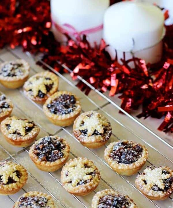 The dessert no Christmas table should be without - Christmas fruit mince pies! Made with homemade Christmas fruit mince and sweet shortcrust pastry   thekiwicountrygirl.com