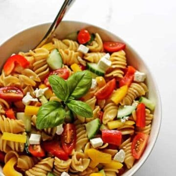 Summer Pasta Salad with fresh summer veges and balsamic vinaigrette, the perfect salad for lunches, as a side dish or to take to a summer BBQ or picnic!