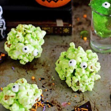 5 Quick and Easy Halloween Treats - jelly slime shots, monster popcorn slime balls, oreo graveyard cups, mandarin pumpkins & Halloween bark!   thekiwicountrygirl.com