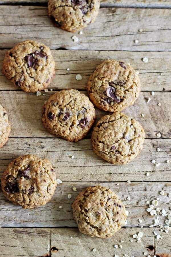 Oatmeal Chocolate Lactation Cookies - full of oats, LSA & brewers yeast (and chocolate!) and the perfect snack for any new breastfeeding mama! | thekiwicountrygirl.com