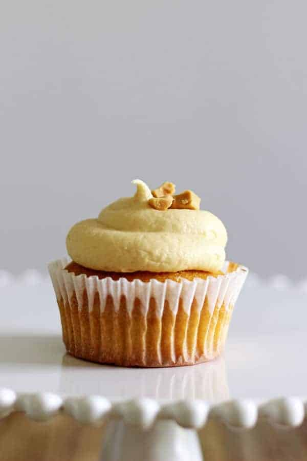 Small batch Caramilk Cupcakes are the perfect way to enjoy that highly sought after Caramilk chocolate without sacrificing the whole bar - the recipe only makes 5 perfect Caramilk Cupcakes! | thekiwicountrygirl.com